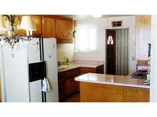 Photo 6: CLAIREMONT House for sale : 3 bedrooms : 3966 Anastasia Street in San Diego