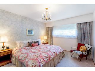 Photo 7: 4327 ATLIN Street in Vancouver: Renfrew Heights House for sale (Vancouver East)  : MLS®# V1068051