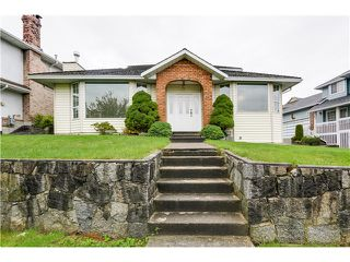 Photo 1: 91 MINER Street in New Westminster: Fraserview NW House for sale : MLS®# V1086851