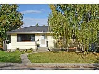 Photo 1: 656 84 Avenue SW in Calgary: Haysboro Residential Detached Single Family for sale : MLS®# C3637895