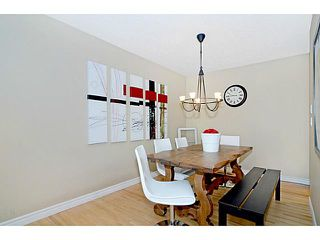Photo 4: 656 84 Avenue SW in Calgary: Haysboro Residential Detached Single Family for sale : MLS®# C3637895