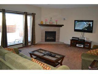 Photo 3: 71 Mike Ruta Court in WINNIPEG: West Kildonan / Garden City Residential for sale (North West Winnipeg)  : MLS®# 1500217
