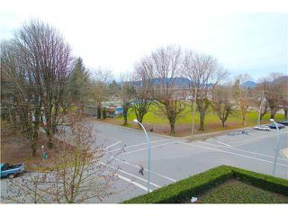 "Photo 8: A405 2099 LOUGHEED Highway in Port Coquitlam: Glenwood PQ Condo for sale in ""SHAUGHNESSY SQUARE"" : MLS®# V1100988"