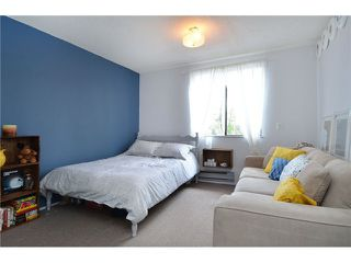 """Photo 8: 1335 - 1337 WALNUT Street in Vancouver: Kitsilano House for sale in """"Kits Point"""" (Vancouver West)  : MLS®# V1103862"""