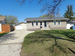 Photo 1: 94 Deloraine Drive in WINNIPEG: Westwood / Crestview Residential for sale (West Winnipeg)  : MLS®# 1513284