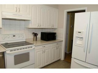 Photo 3: 94 Deloraine Drive in WINNIPEG: Westwood / Crestview Residential for sale (West Winnipeg)  : MLS®# 1513284