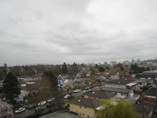 """Photo 8: 808 2689 KINGSWAY in Vancouver: Collingwood VE Condo for sale in """"SKYWAY TOWER"""" (Vancouver East)  : MLS®# R2041971"""