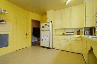 Photo 8: 1075 Roslyn Rd in VICTORIA: OB South Oak Bay Single Family Detached for sale (Oak Bay)  : MLS®# 728001