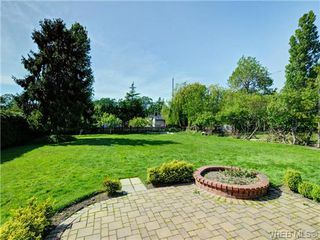 Photo 16: 3340 Woodburn Avenue in VICTORIA: OB Henderson Single Family Detached for sale (Oak Bay)  : MLS®# 364361