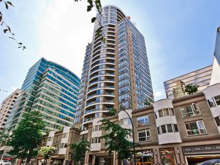 "Photo 1: 505 1166 MELVILLE Street in Vancouver: Coal Harbour Condo for sale in ""ORCA PLACE"" (Vancouver West)  : MLS®# R2079632"