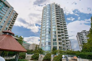 """Photo 1: 1603 739 PRINCESS Street in New Westminster: Uptown NW Condo for sale in """"BERKLEY PLACE"""" : MLS®# R2104149"""