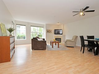 Photo 3: 208 14885 100 Avenue in Surrey: Guildford Condo for sale (North Surrey)  : MLS®# R2110305