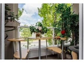 """Photo 17: 306 10533 UNIVERSITY Drive in Surrey: Whalley Condo for sale in """"PARKVIEW COURT"""" (North Surrey)  : MLS®# R2135472"""