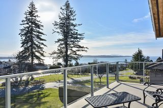 Photo 15: 1155 BALSAM Street: White Rock House for sale (South Surrey White Rock)  : MLS®# R2135110