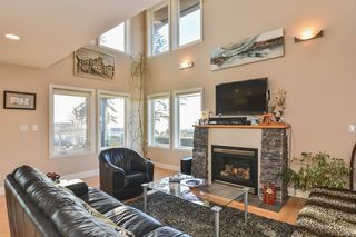 Photo 4: 1155 BALSAM Street: White Rock House for sale (South Surrey White Rock)  : MLS®# R2135110