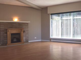 Photo 2: 11932 YORK Street in Maple Ridge: West Central House for sale : MLS®# R2139395