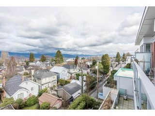 "Photo 18: 403 4375 W 10TH Avenue in Vancouver: Point Grey Condo for sale in ""VARSITY"" (Vancouver West)  : MLS®# R2140369"