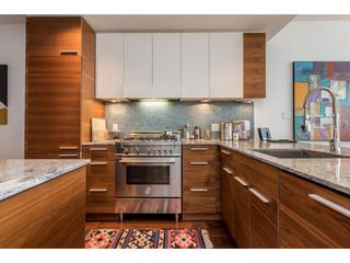 "Photo 3: 403 4375 W 10TH Avenue in Vancouver: Point Grey Condo for sale in ""VARSITY"" (Vancouver West)  : MLS®# R2140369"