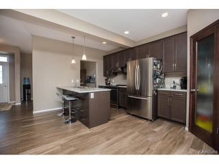 Photo 4: 411 Bridge Lake Drive in Winnipeg: Bridgwater Forest Residential for sale (1R)  : MLS®# 1706745