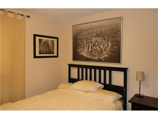 Photo 9: 2 3820 PARKHILL Place SW in Calgary: Parkhill Condo for sale : MLS®# C4111236