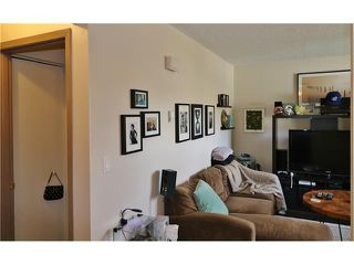 Photo 6: 2 3820 PARKHILL Place SW in Calgary: Parkhill Condo for sale : MLS®# C4111236