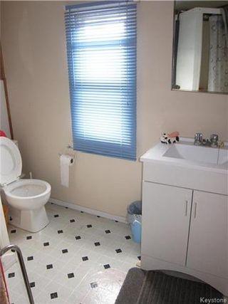 Photo 6: 422 HAZEL Avenue: Winnipeg Beach Residential for sale (R26)  : MLS®# 1710343