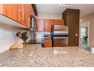 Photo 12: 14 730 FARROW Street in Coquitlam: Coquitlam West Townhouse for sale : MLS®# R2197480