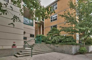 "Photo 1: 105 12 LAGUNA Court in New Westminster: Quay Condo for sale in ""LAGUNA LANDING"" : MLS®# R2204344"