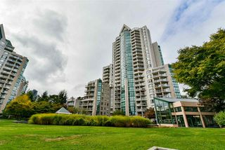"""Photo 18: 2201 1199 EASTWOOD Street in Coquitlam: North Coquitlam Condo for sale in """"THE SELKIRK"""" : MLS®# R2213847"""