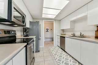 """Photo 13: 2201 1199 EASTWOOD Street in Coquitlam: North Coquitlam Condo for sale in """"THE SELKIRK"""" : MLS®# R2213847"""