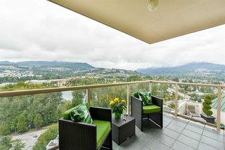 """Photo 3: 2201 1199 EASTWOOD Street in Coquitlam: North Coquitlam Condo for sale in """"THE SELKIRK"""" : MLS®# R2213847"""