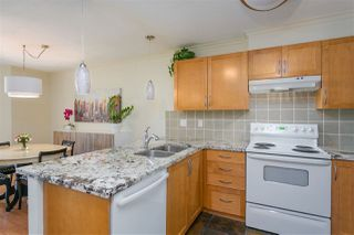 """Photo 8: 112 333 E 1ST Street in North Vancouver: Lower Lonsdale Condo for sale in """"VISTA WEST"""" : MLS®# R2216499"""