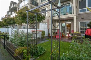 """Photo 20: 112 333 E 1ST Street in North Vancouver: Lower Lonsdale Condo for sale in """"VISTA WEST"""" : MLS®# R2216499"""