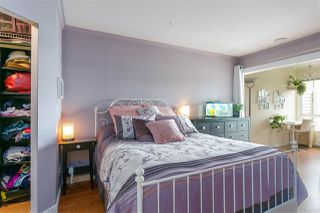 """Photo 12: 112 333 E 1ST Street in North Vancouver: Lower Lonsdale Condo for sale in """"VISTA WEST"""" : MLS®# R2216499"""