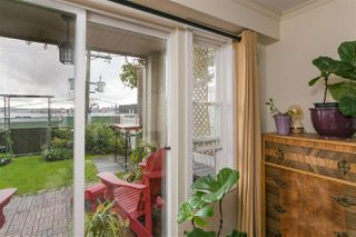 """Photo 18: 112 333 E 1ST Street in North Vancouver: Lower Lonsdale Condo for sale in """"VISTA WEST"""" : MLS®# R2216499"""