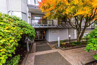 """Photo 2: 201 1550 CHESTERFIELD Avenue in North Vancouver: Central Lonsdale Condo for sale in """"The Chesters"""" : MLS®# R2216824"""