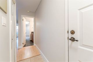 """Photo 3: 201 1550 CHESTERFIELD Avenue in North Vancouver: Central Lonsdale Condo for sale in """"The Chesters"""" : MLS®# R2216824"""
