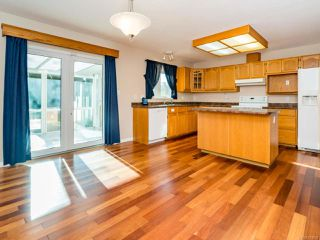 Photo 16: 1887 Valley View Dr in COURTENAY: CV Courtenay East House for sale (Comox Valley)  : MLS®# 773590