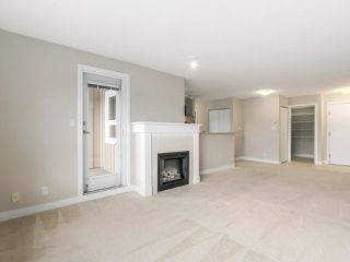 """Photo 3: 405 7088 MONT ROYAL Square in Vancouver: Champlain Heights Condo for sale in """"BRITTANY"""" (Vancouver East)  : MLS®# R2220776"""