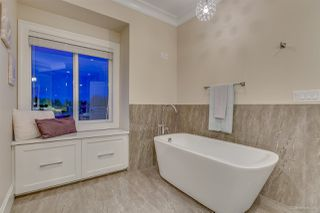Photo 10: 1870 RIDEAU Avenue in Coquitlam: Central Coquitlam House for sale : MLS®# R2222506