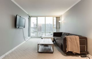 "Photo 2: 1602 1033 MARINASIDE Crescent in Vancouver: Yaletown Condo for sale in ""QUAYWEST"" (Vancouver West)  : MLS®# R2223980"