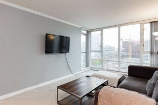 "Photo 3: 1602 1033 MARINASIDE Crescent in Vancouver: Yaletown Condo for sale in ""QUAYWEST"" (Vancouver West)  : MLS®# R2223980"
