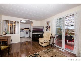 Photo 4: 44 2500 Florence Lake Road in VICTORIA: La Florence Lake Residential for sale (Langford)  : MLS®# 371520