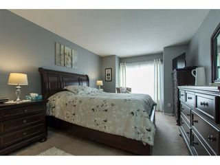"Photo 13: 210 20381 96 Avenue in Langley: Walnut Grove Condo for sale in ""Chelsea Green"" : MLS®# R2244248"