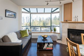 """Photo 3: 19 939 W 7TH Avenue in Vancouver: Fairview VW Townhouse for sale in """"MERIDIAN COURT"""" (Vancouver West)  : MLS®# R2259836"""
