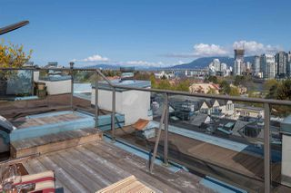 """Photo 13: 19 939 W 7TH Avenue in Vancouver: Fairview VW Townhouse for sale in """"MERIDIAN COURT"""" (Vancouver West)  : MLS®# R2259836"""