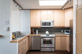 """Photo 7: 19 939 W 7TH Avenue in Vancouver: Fairview VW Townhouse for sale in """"MERIDIAN COURT"""" (Vancouver West)  : MLS®# R2259836"""