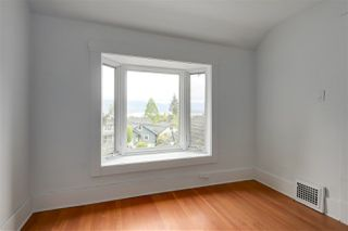 Photo 12: 3887 W 14TH Avenue in Vancouver: Point Grey House for sale (Vancouver West)  : MLS®# R2265974