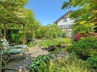 Photo 18: 912 Newport Avenue in VICTORIA: OB South Oak Bay Single Family Detached for sale (Oak Bay)  : MLS®# 392043