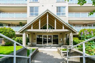 "Photo 10: 408 15150 29A Avenue in Surrey: King George Corridor Condo for sale in ""The Sands II"" (South Surrey White Rock)  : MLS®# R2274636"